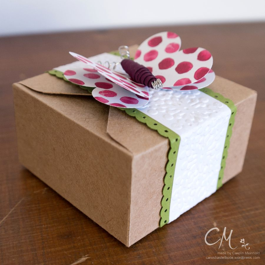 Caros Bastelbude: Stampingirls Smart Saturday - Muttertag, Geschenkbox mit Schmetterlingsbanderole, #StampinUp #EnvelopePunchBoard #Muttertag, carosbastelbude.wordpress.com