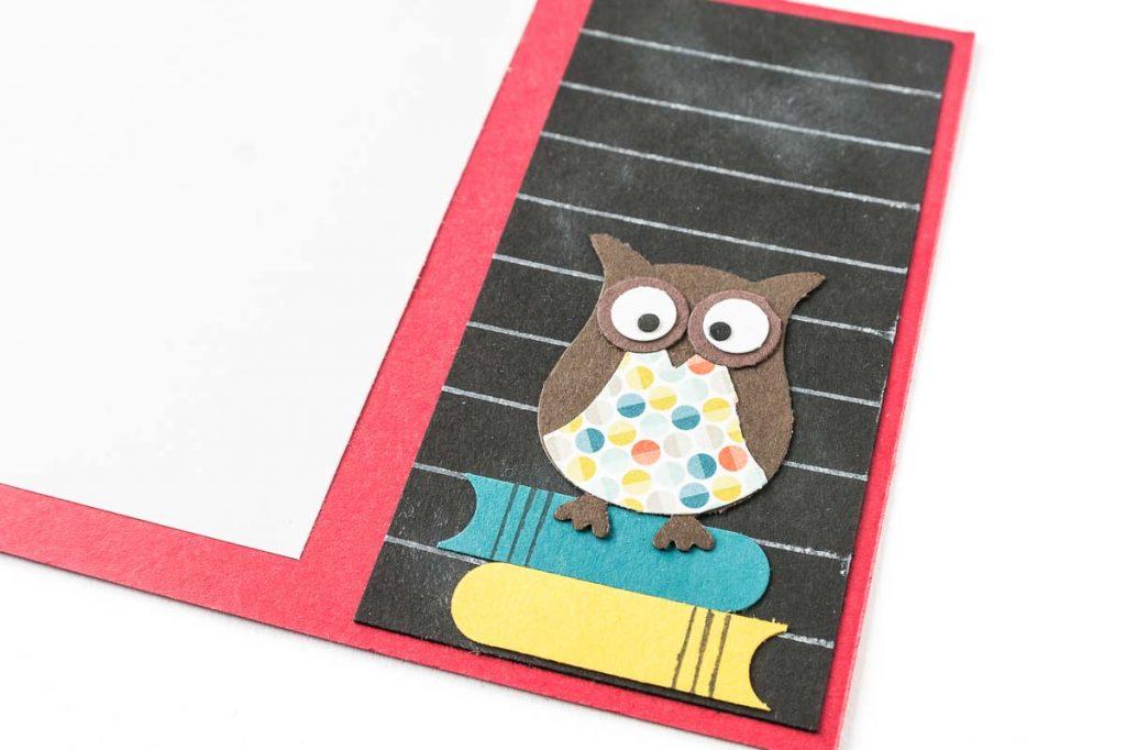 Glückwunschkarte zur Einschulung mit selbstgemachtem Designerpapier, Eulenstanze von Stampin' Up!, Nahaufnahme Eule
