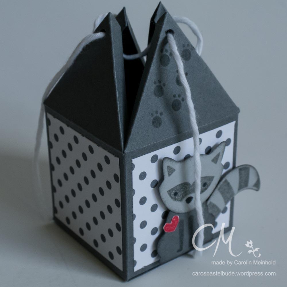 Mein Liebling des Monats im Juni - eine Pyramidenbox gestaltet mit dem Set Foxy Friends von Stampin' Up! #CarosBastelbude