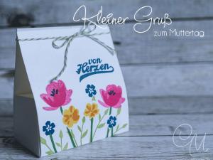 Kleine Geschenkverpackung ohne Kleben zum Muttertag, gestaltet mit dem Set Glasklare Grüße von Stampin' Up! #CarosBastelbude