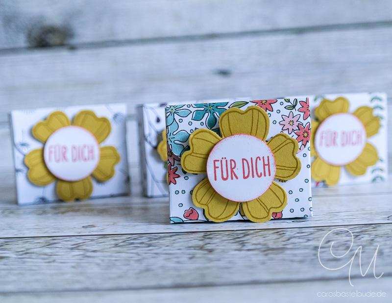 Kleine Verpackung für Knoppers Mini oder Hanuta Mini, Goodies gestaltet mit Flower Shop von Stampin' Up! #CarosBastelbude