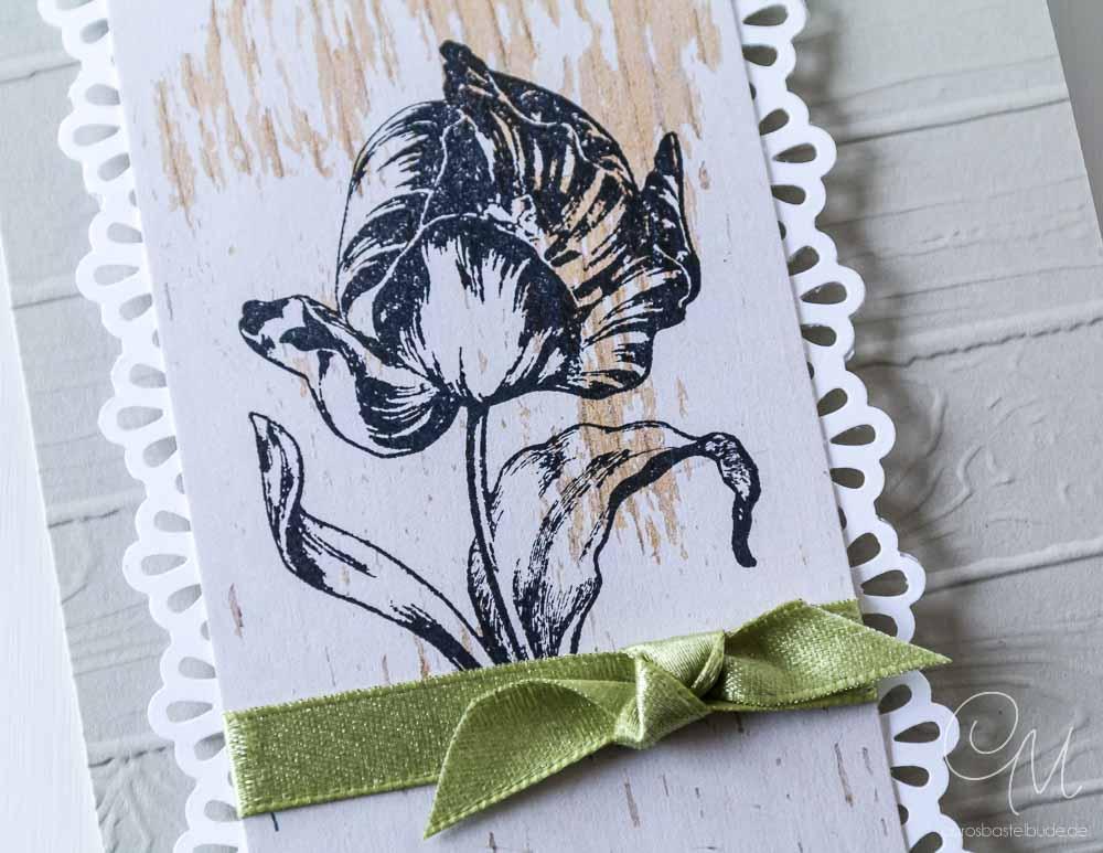 Grußkarte für verschiedene Anlässe gestaltet mit dem Designerpapier Holzdekor von Stampin' Up! und einem Tulpenstempel. #CarosBastelbude