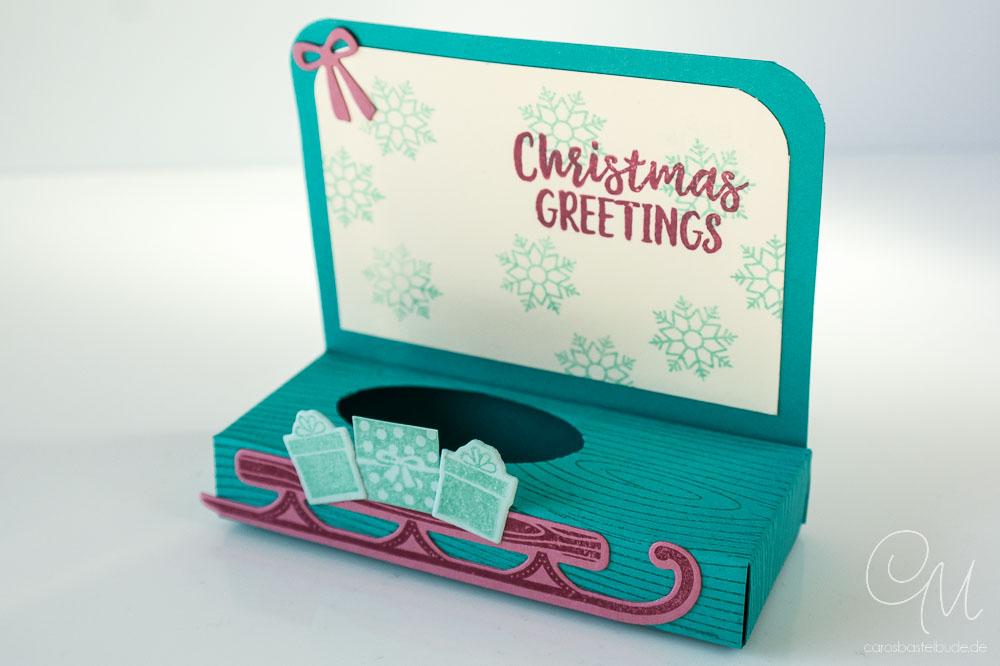 Geschenkverpackung für einen kleinen Weihnachtsmann in den Farben Bermudablau, Aquamarin und Zarte Pflaume von Stampin' Up!, Ansicht ohne Schokoweihnachtsmann