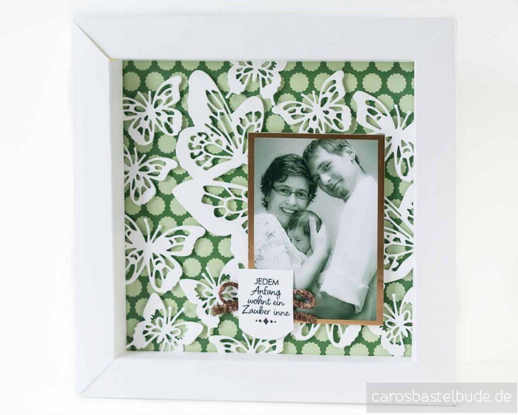 Bilderrahmen aus Farbkarton selbstgemacht, dekoriert mit Schmetterlingen, Baby-Shooting, Erinnerung