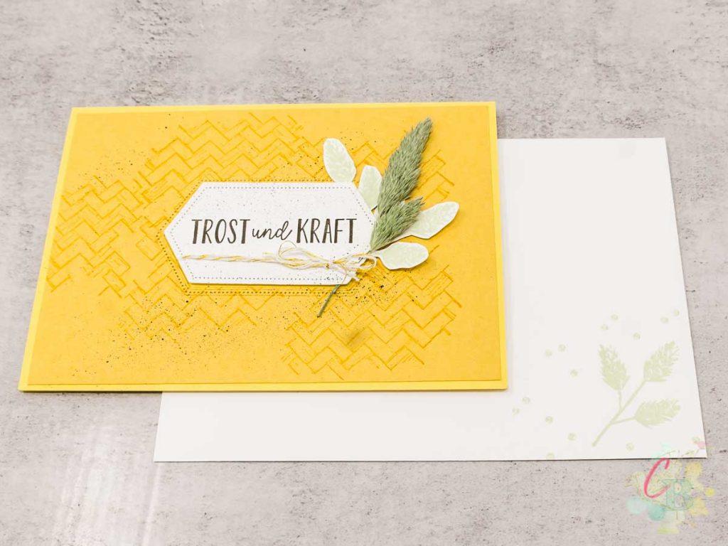 Trauerkarte gestaltet mit dem Stempelset Trost und Kraft von Stampin' Up!, mit Umschlag