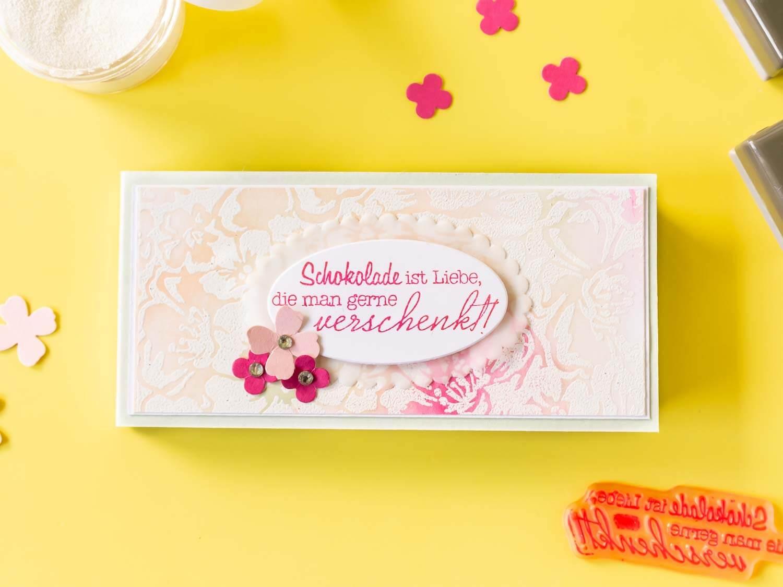 Geschenkverpackung basteln für Schokolade mit Spruch auf der Vorderseite
